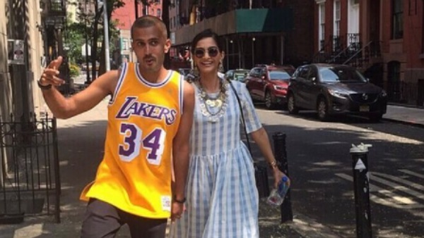 Sonam Kapoor Has An Epic Reaction To Her Husband Anand Ahuja's Anniversary Post