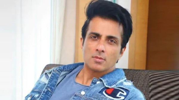 Sonu Sood Expresses Grief Over COVID-19 Patient's Death Whom He Had Got Airlifted To Hyderabad