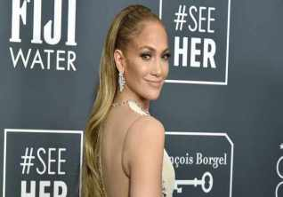 Jennifer Lopez Signs Multi Year Production Deal With Netflix