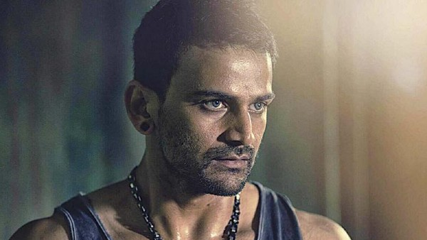 Dhananjay Reveals How He & His Family Combated COVID-19 Virus; Spills The Beans On Sukumar's Pushpa