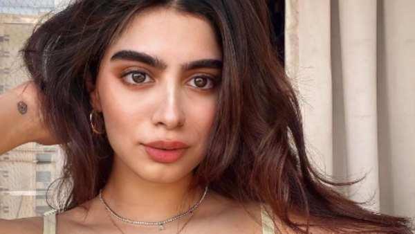 Khushi Kapoor Is Giving Urban Chic Girl Vibes In Lavender Bikini, Navya Nanda & Shanaya Kapoor React