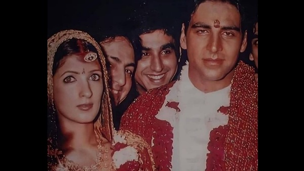 Akshay-Twinkle's Unseen Wedding Pictures Go Viral
