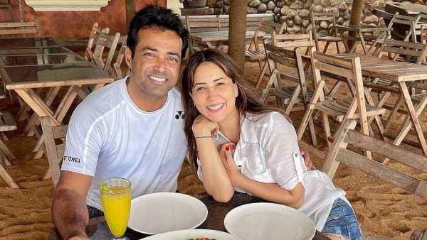 Kim Sharma & Leander Paes Enjoy Holiday In Goa, Cozy Pictures Spark Dating Rumours