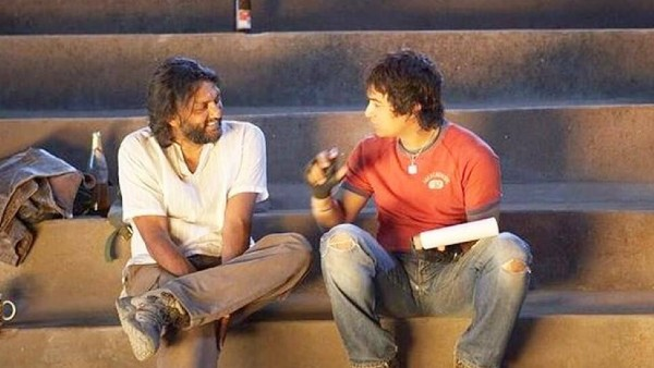 How Aamir Khan's Clause Helped Rakeysh Omprakash Mehra To Complete Rang De Basanti On Time!