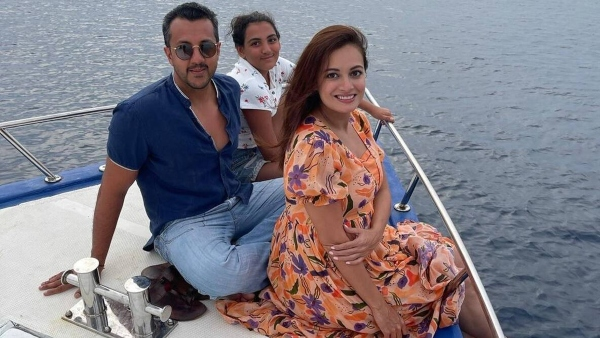 Dia Mirza Shares Unseen Pictures From Maldives With Husband Vaibhav Rekhi & His Daughter Samaira