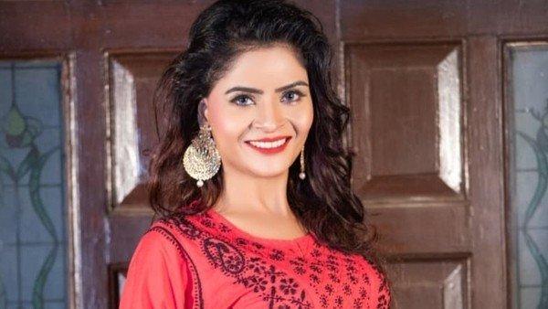 P*rn Films Case: Gehana Says Both Men & Women Are Involved