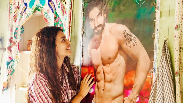 Mimi: Kriti Sanon Gazes At Ranveer Singh's Portrait As She Shares A Glimpse Of Her Look