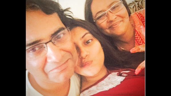 Late Actress Pratyusha Banerjee's Father Opens Up About His Financial Crisis