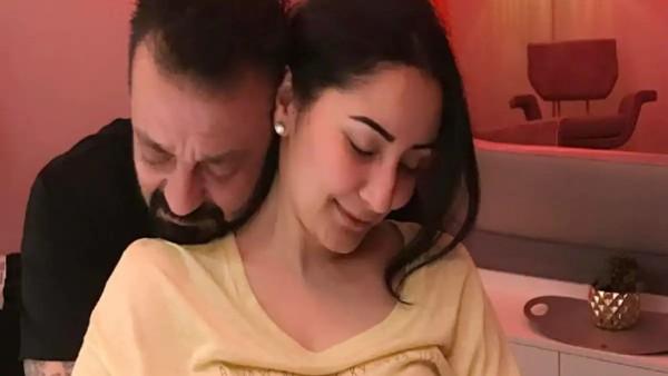 Sanjay Dutt Wishes Wife Maanayata On Her Birthday; 'Tere Bina Mai Kya, Kuch Bhi Nahi'