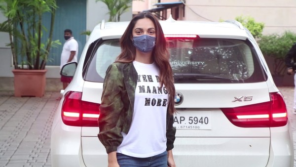 Kiara Advani Says 'Dil Maange More' As She Leaves For Shershaah Promotions To Kargil