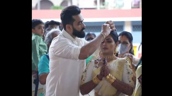 Actors Mridhula Vijayi and Yuva Krishna Enter Wedlock; Pics Go Viral!
