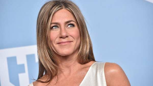 Jennifer Aniston Says She Has Severed Ties With 'Few People' Who Aren't Vaccinated