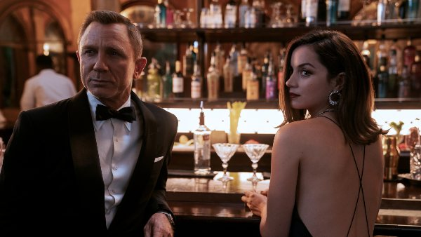 No Time To Die: Daniel Craig Holds Back Tears While Giving His Farewell Speech