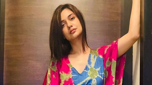 BB OTT Winner Divya Agarwal Is Waiting For Bigg Boss 15 Call; Says She Would Be Missing Meeting Salman Khan