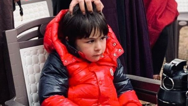 Taimur Ali Khan Looks Intrigued In BTS Picture Of Bhoot Police Shared By Arjun Kapoor