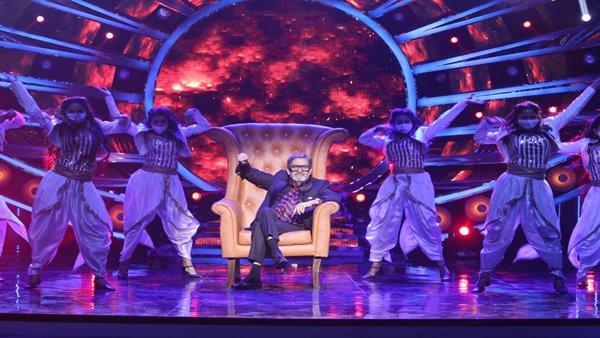 Bigg Boss Marathi 3 Grand Premiere: Netizens React To The Opening Episode Of Mahesh Manjrekar Show