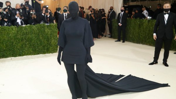 Kim Kardashian Reveals The Reason Behind Her Viral Met Gala Look, Says 'What's More American Than A T-Shirt'