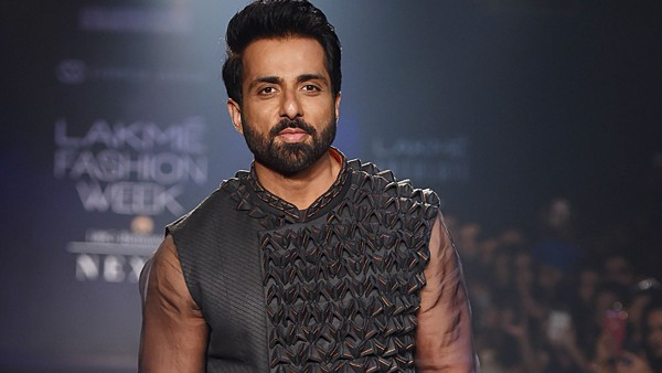 Sonu Sood Tax Evasion Probe: Netizens Extend Support To The Actor