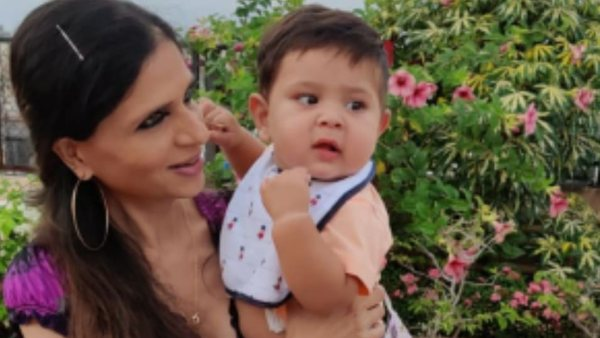 Saba Ali Khan Calls Out Paparazzi Chasing After Kareena & Jeh Ali Khan, Says They Are 'Torturing A Child'
