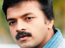 https://www.filmibeat.com/img/2009/01/06-jayasurya-180208.jpg