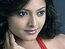 https://www.filmibeat.com/img/2009/01/22-smitha-220109.jpg