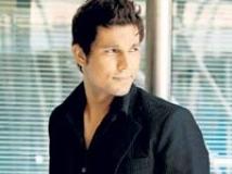 https://www.filmibeat.com/img/2009/02/03-randeep-hooda-110908.jpg