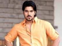 https://www.filmibeat.com/img/2009/02/12-ram-charan-teja-080108.jpg