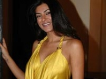 https://www.filmibeat.com/img/2009/02/25-sushmita.jpg
