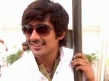 https://www.filmibeat.com/img/2009/03/02-varun.jpg