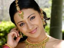 https://www.filmibeat.com/img/2009/03/12-trishaa-120309.jpg