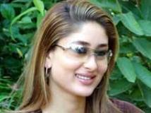 https://www.filmibeat.com/img/2009/03/14-kareena-kapoor-040408.jpg