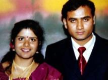 https://www.filmibeat.com/img/2009/04/22-radha-marriage-220409.jpg