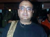 https://www.filmibeat.com/img/2009/05/25-vivek-vaswani-250509.jpg