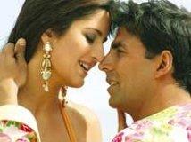 https://www.filmibeat.com/img/2009/05/11-akshay-katrina-201207.jpg