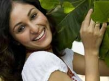 https://www.filmibeat.com/img/2009/06/05-pooja-chopra-050609.jpg