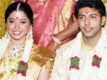 https://www.filmibeat.com/img/2009/06/10-jayam-ravi-aarthi-100609.jpg