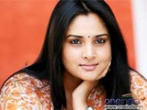 https://www.filmibeat.com/img/2009/06/30-ramya-300609.jpg