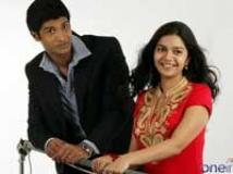 https://www.filmibeat.com/img/2009/07/07-kalavaramaye-madilo-260509.jpg