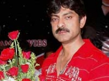https://www.filmibeat.com/img/2009/08/10-jagapathi-babu-020609.jpg