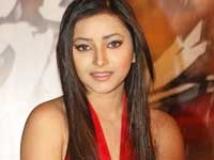 https://www.filmibeat.com/img/2009/08/31-swetha-basu-prasad-250809.jpg