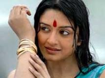 https://www.filmibeat.com/img/2009/08/31-vimala-raman-310809.jpg