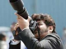 https://www.filmibeat.com/img/2009/09/18-ajith-160209.jpg