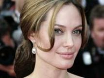 https://www.filmibeat.com/img/2009/10/09-angelina-jolie-061008.jpg