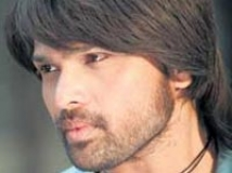 https://www.filmibeat.com/img/2009/11/03-himesh-reshammiya-280808.jpg