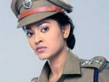 https://www.filmibeat.com/img/2009/12/08-bhavani-ips-081209.jpg