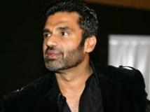https://www.filmibeat.com/img/2009/12/08-suniel-shetty-040908.jpg