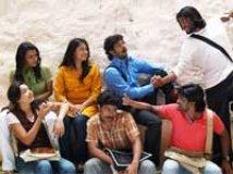 https://www.filmibeat.com/img/2009/12/23-pugaipadam-231209.jpg
