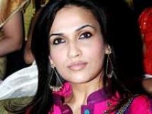 https://www.filmibeat.com/img/2010/01/07-soundarya-rajinikanth-07011.jpg