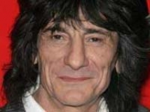 https://www.filmibeat.com/img/2010/01/12-ronnie-wood-070509.jpg