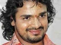 https://www.filmibeat.com/img/2010/02/10-vijay-raghavendra-280809.jpg